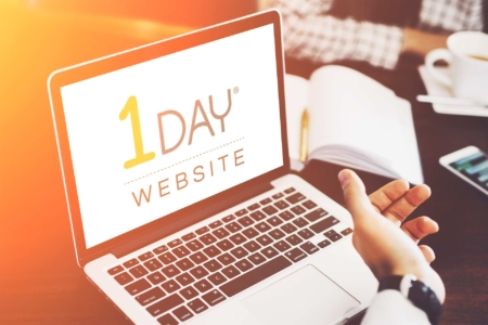 Computer showing 1 Day Website Course for Web Design Agencies and Freelancers